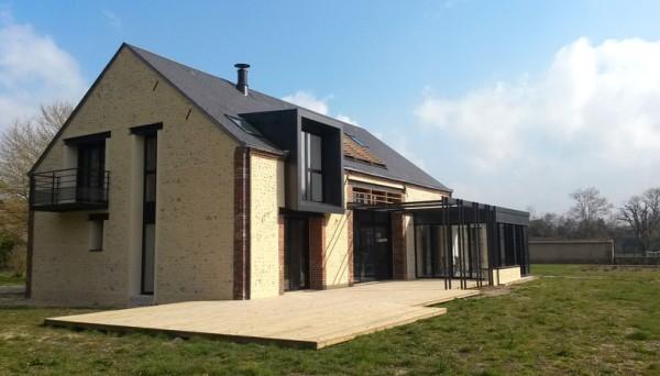 Réhabilitation d'une maison individuelle. Ostinato architecte